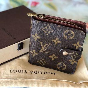 Authentic Louis Vuitton compact zippy wallet